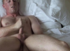 Solo ginger soldier convulsive his cock