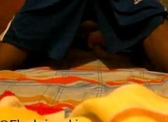 jugando en mi cama