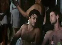 Leonardo Vieira em Cena Gay no Filme Cr&ocirc_nicamente Invi&aacute_vel B