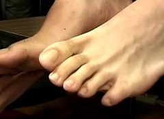 Bigggg  feet   P    XTube Porn Video   31virgo[1]
