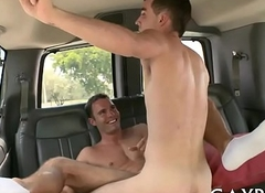 Explicit knob railing with gays