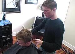 Happy-go-lucky hairdresser fucking his jock customer