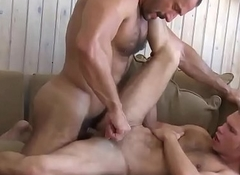 Muscular Alms-man Enjoying Hot Twink