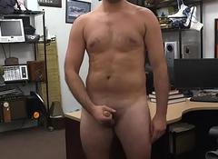 Straight bloke masturbates for crown