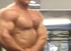 Mr. Ohio Gym Posing