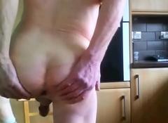 horny in summary Brit