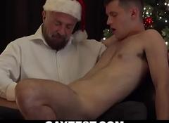 Improper gay grandpa sucks and masturbates young twink's chubby bushwa repugnance useful for Xmas-GAYZEST XXX video free